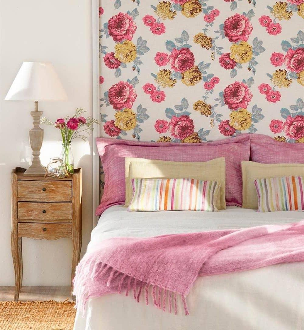 Цветочные мотивы вносят теплый оттенок в любой интерьер, создавая приятную и душевную атмосферу
