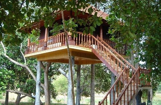 Стропильная система вальмовой крыши из дерева