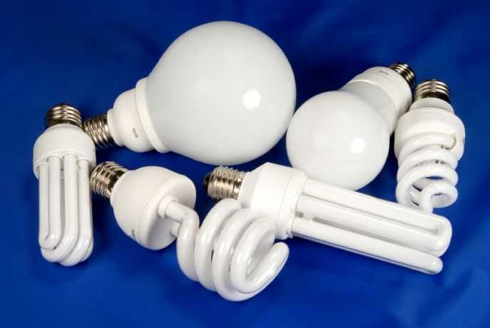 Это тоже люминесцентные лампы, только форма другая