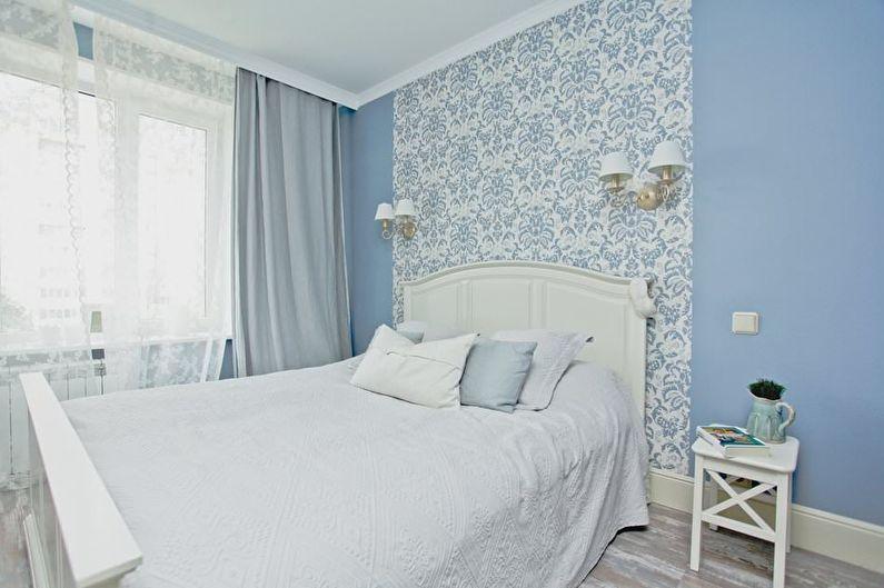 Дизайн маленькой спальни в синих тонах - фото