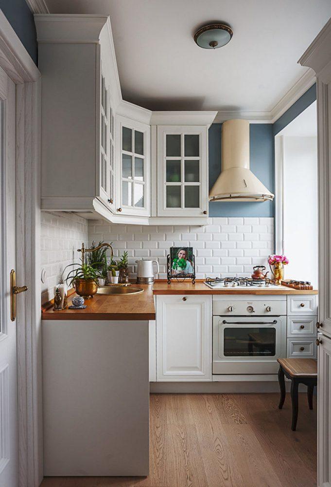 Потолок - дизайн кухни в хрущевке
