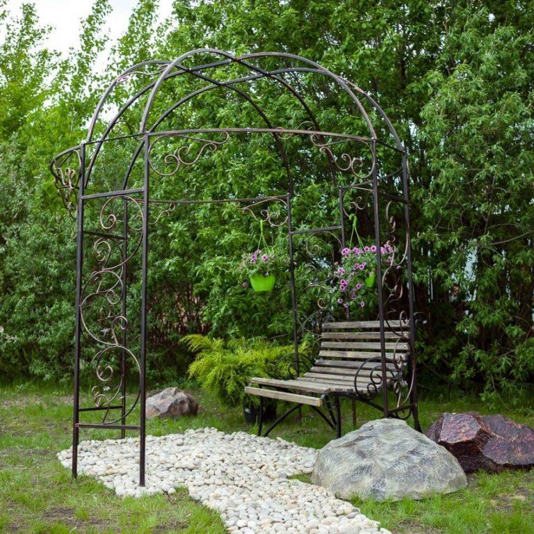 Арка садовая в виде шатра