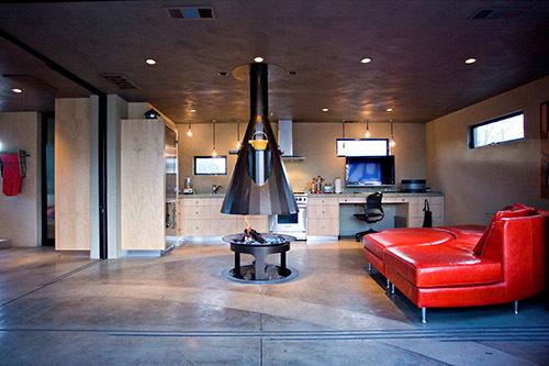 Кухня гостиная с камином