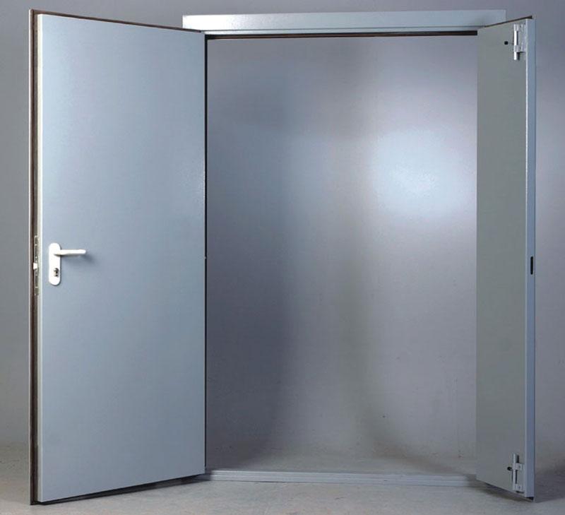 Огнейустойчивая дверь из металла