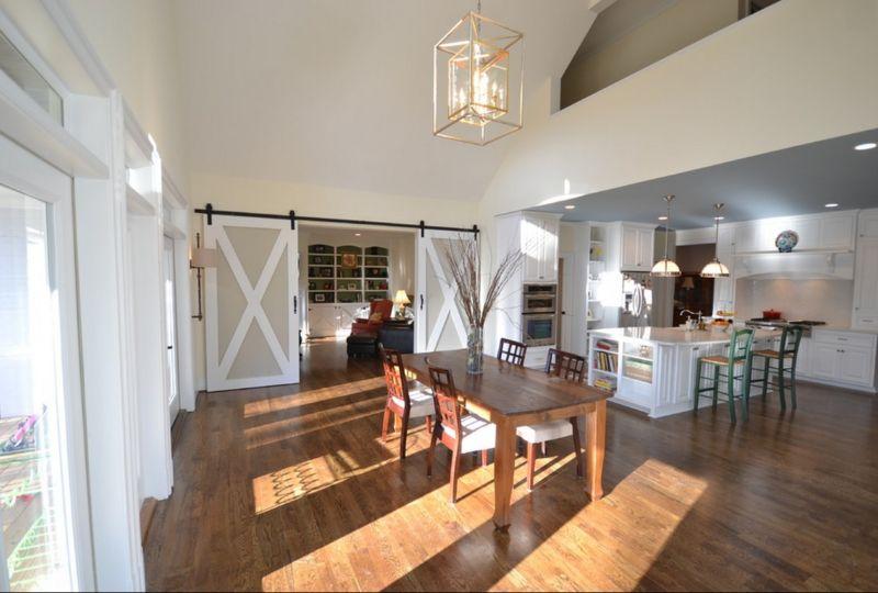 rustic-barn-living-room-ideas-living-in-a-barn-house-c962cd8b570df364