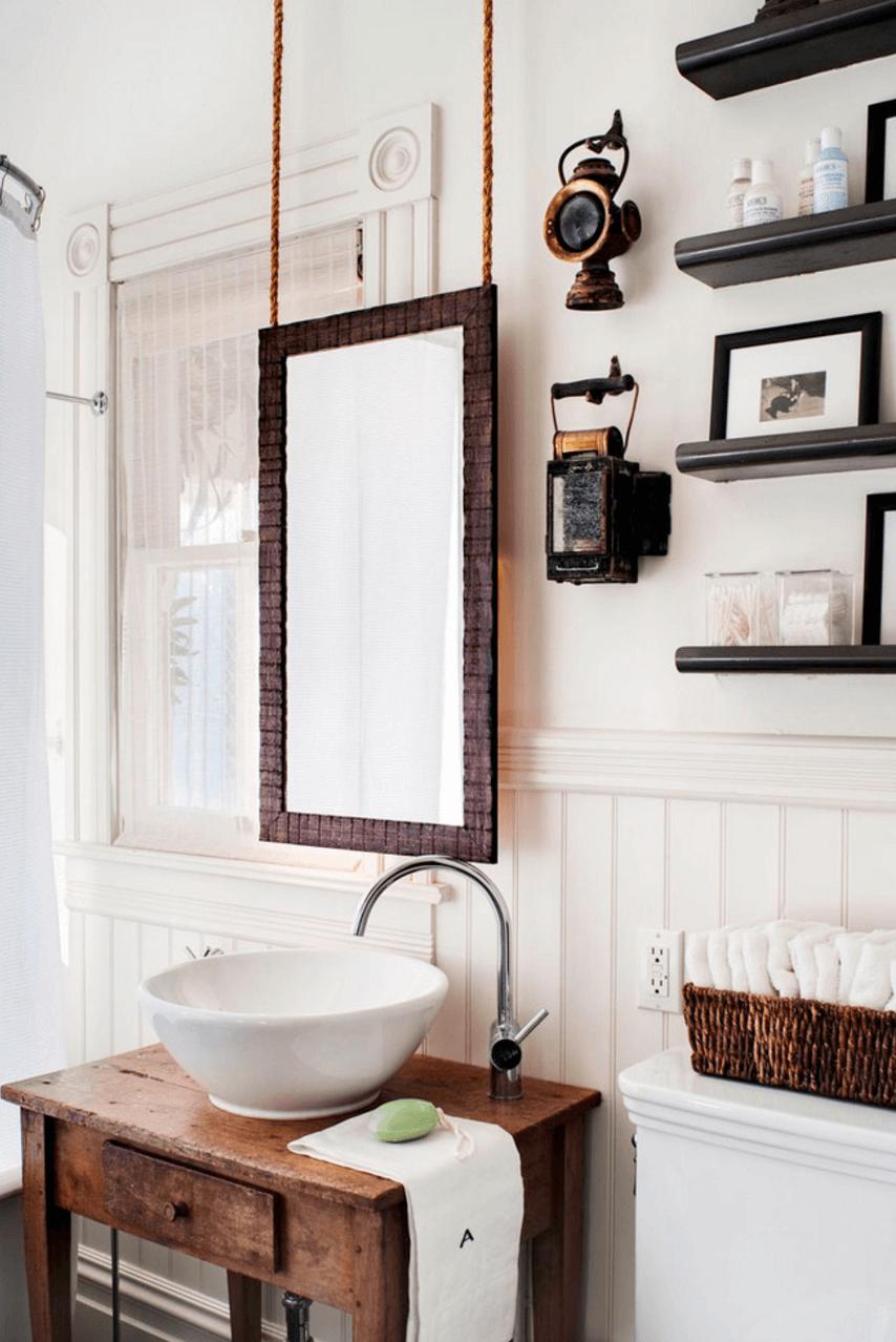 Дизайн зеркала в стиле рустик в деревянной рамке