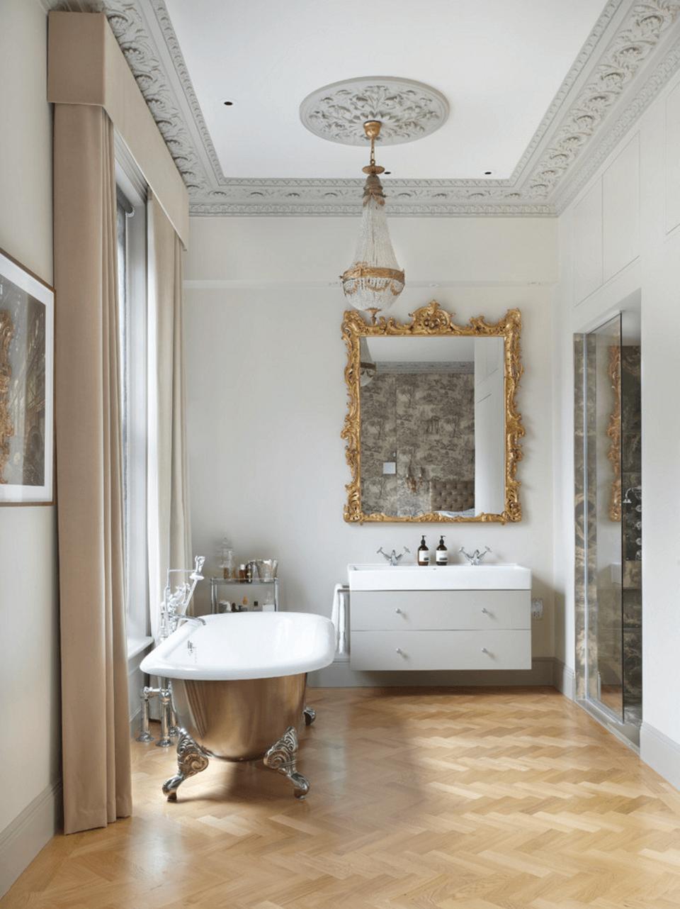 Оригинальный дизайн зеркала в интерьере ванной комнаты - Фото 1