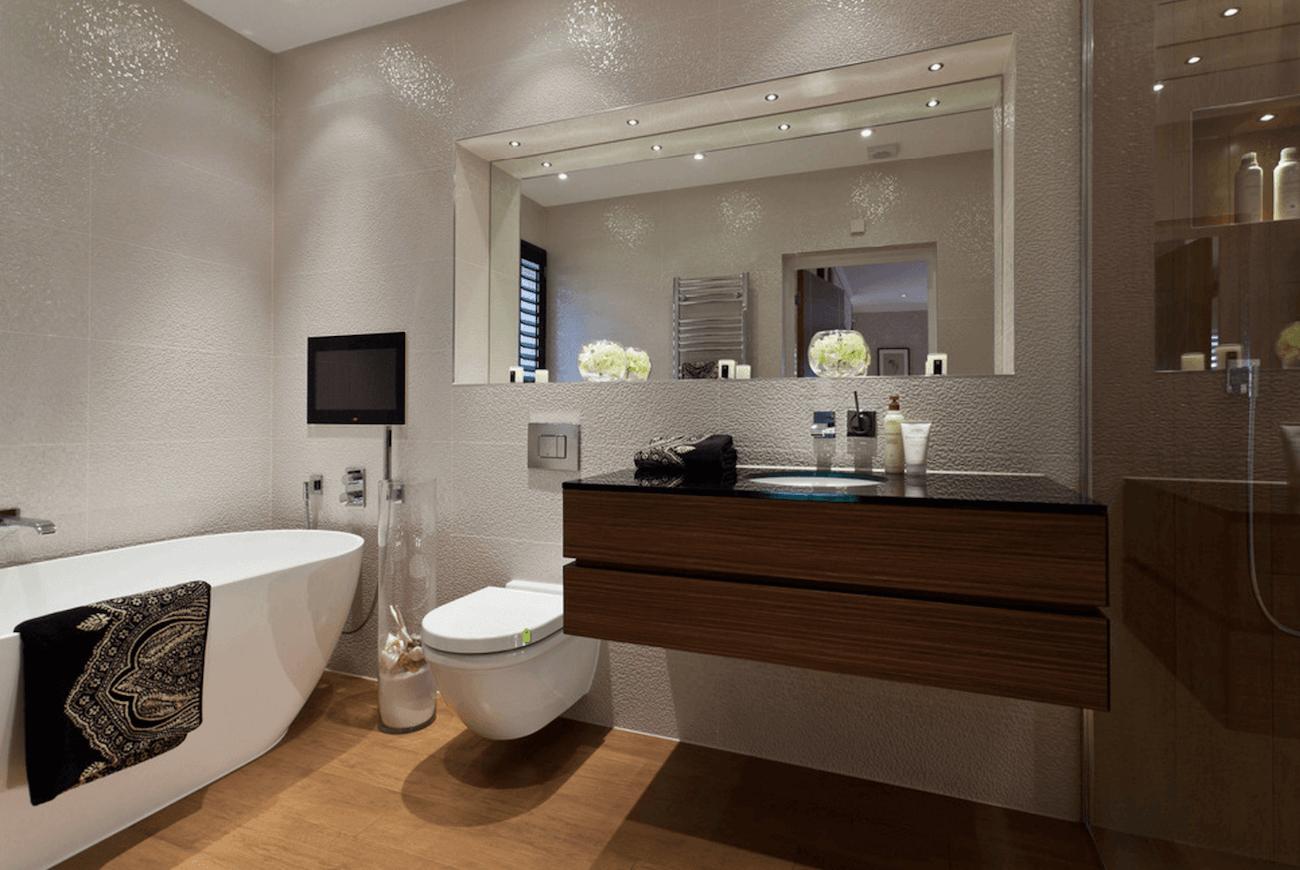 Оригинальный дизайн зеркала в интерьере ванной комнаты - Фото 3