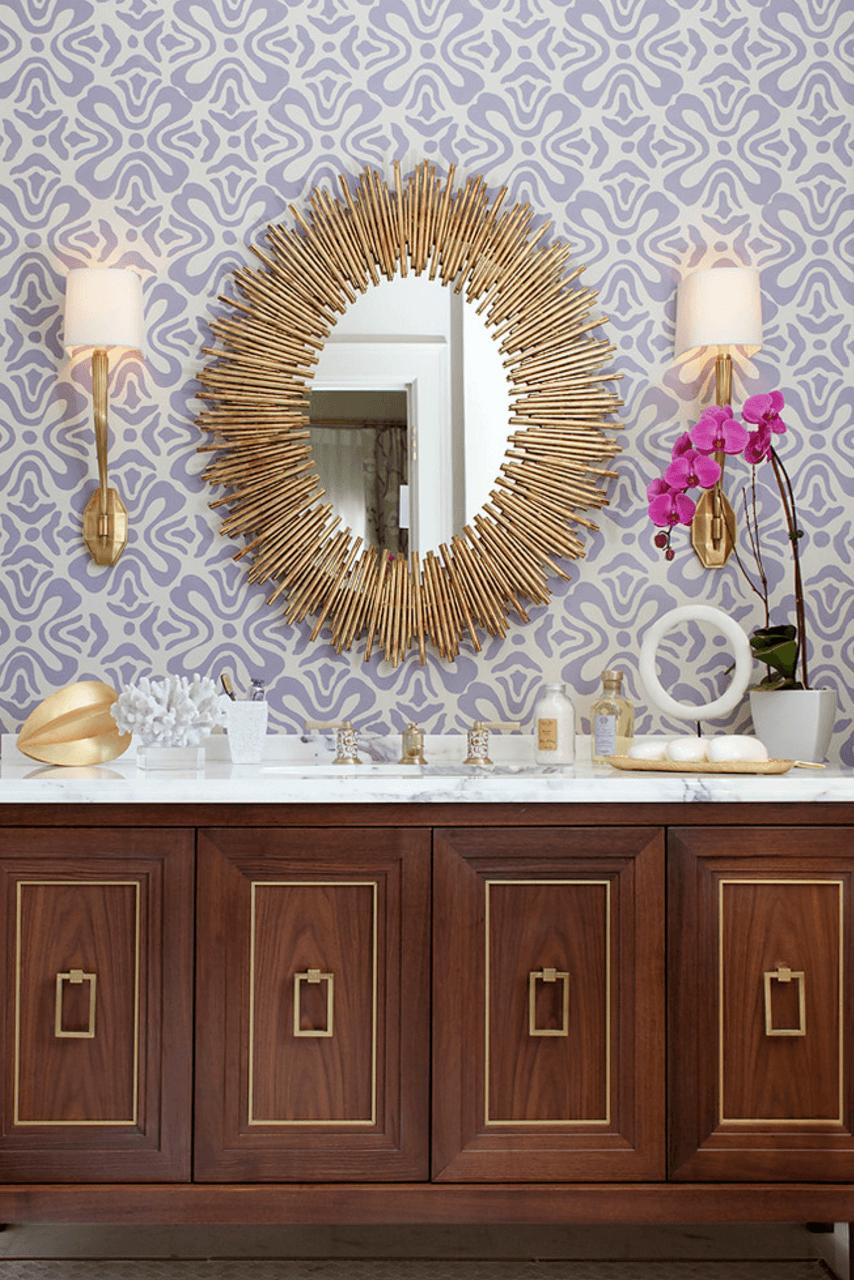 Оригинальный дизайн зеркала в интерьере ванной комнаты - Фото 26