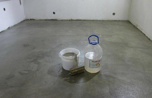 Применение жидкого стекла для обустройства напольных оснований – инструкция